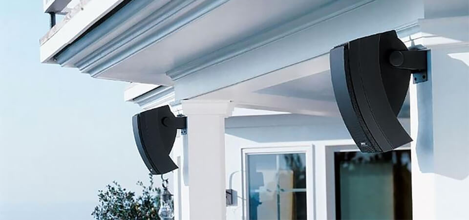 outdoor speakers installation house